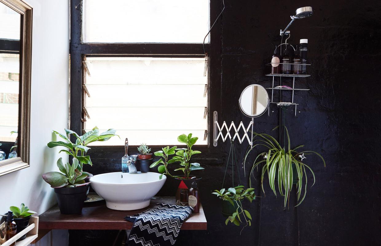 Peindre une salle de bain en noir