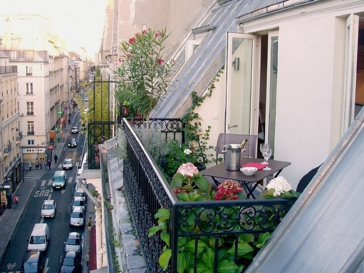 D coration balcon paris for Decoration balcon d appartement