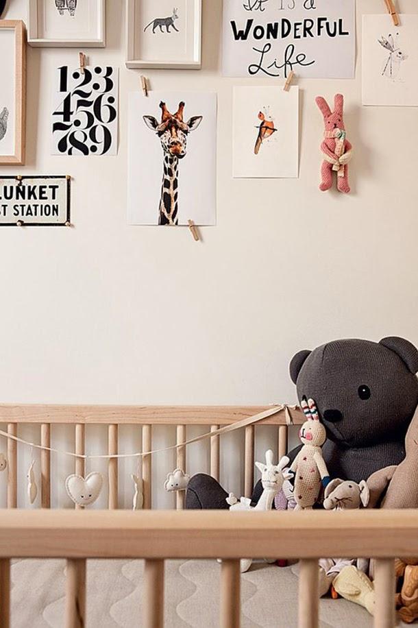 Lit pour bébé en bois design