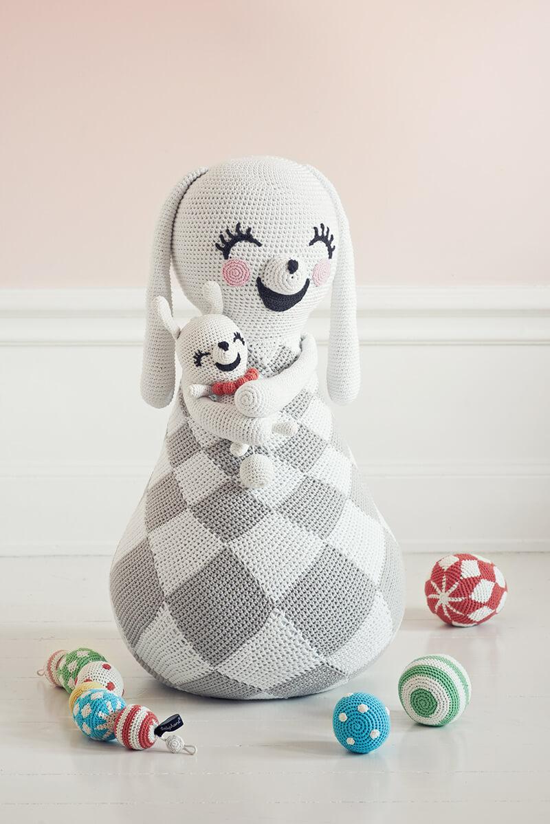 Jouet en crochet pour bébé