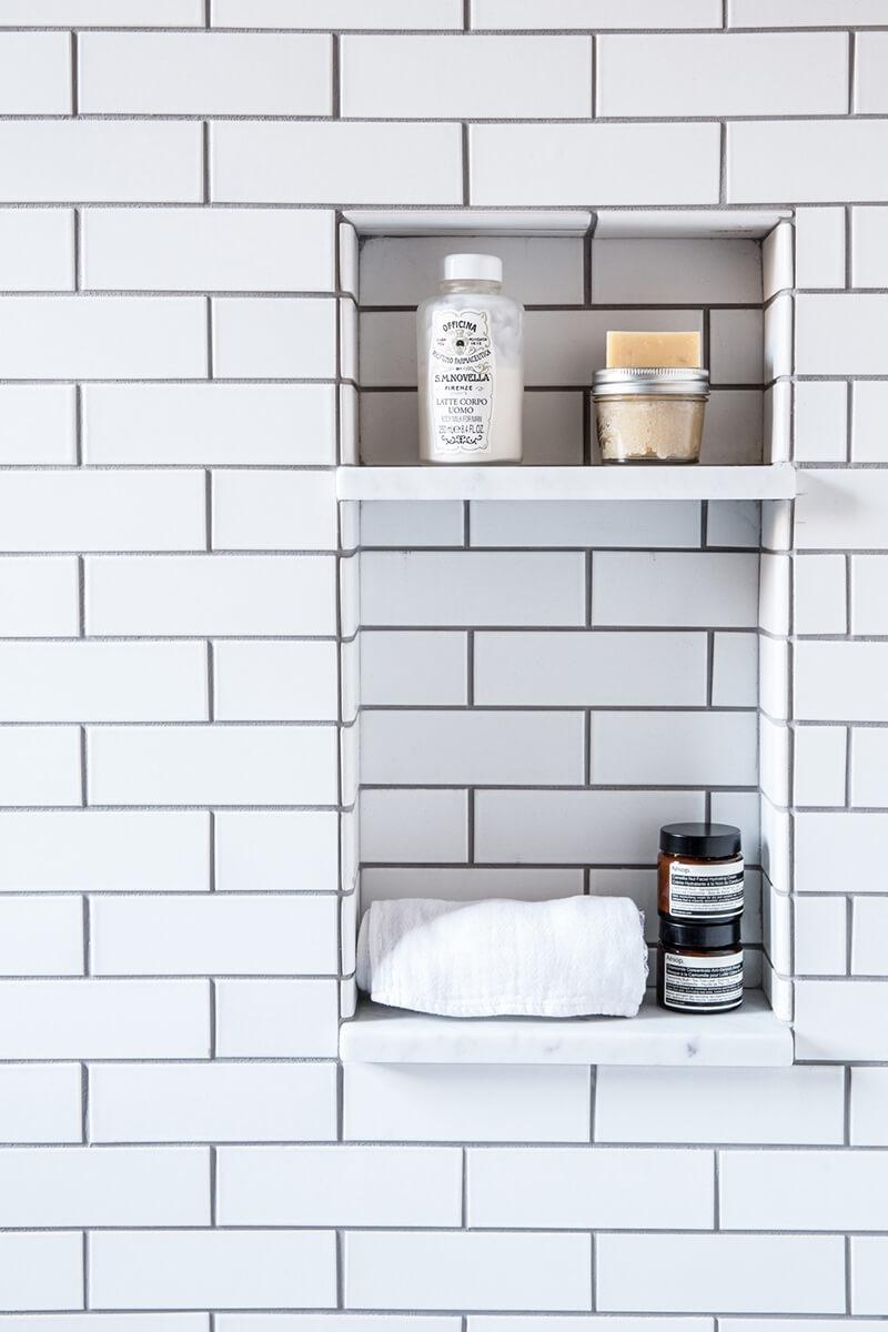 Créer une niche en carrelage dans la douche