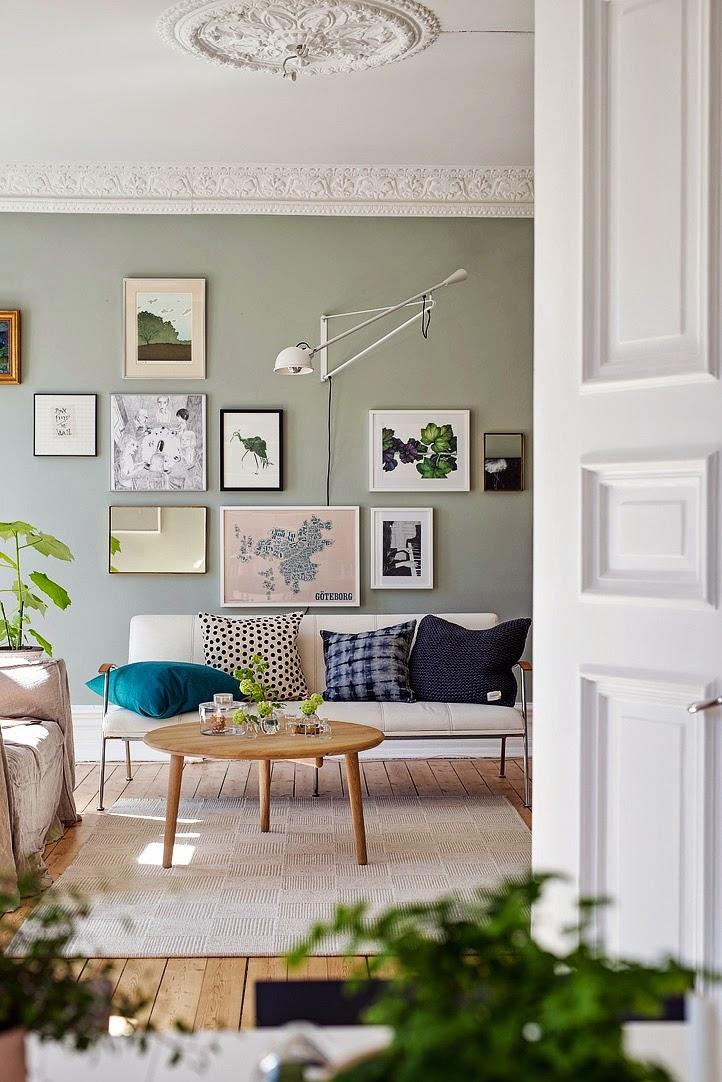 Peindre un mur en vert kaki