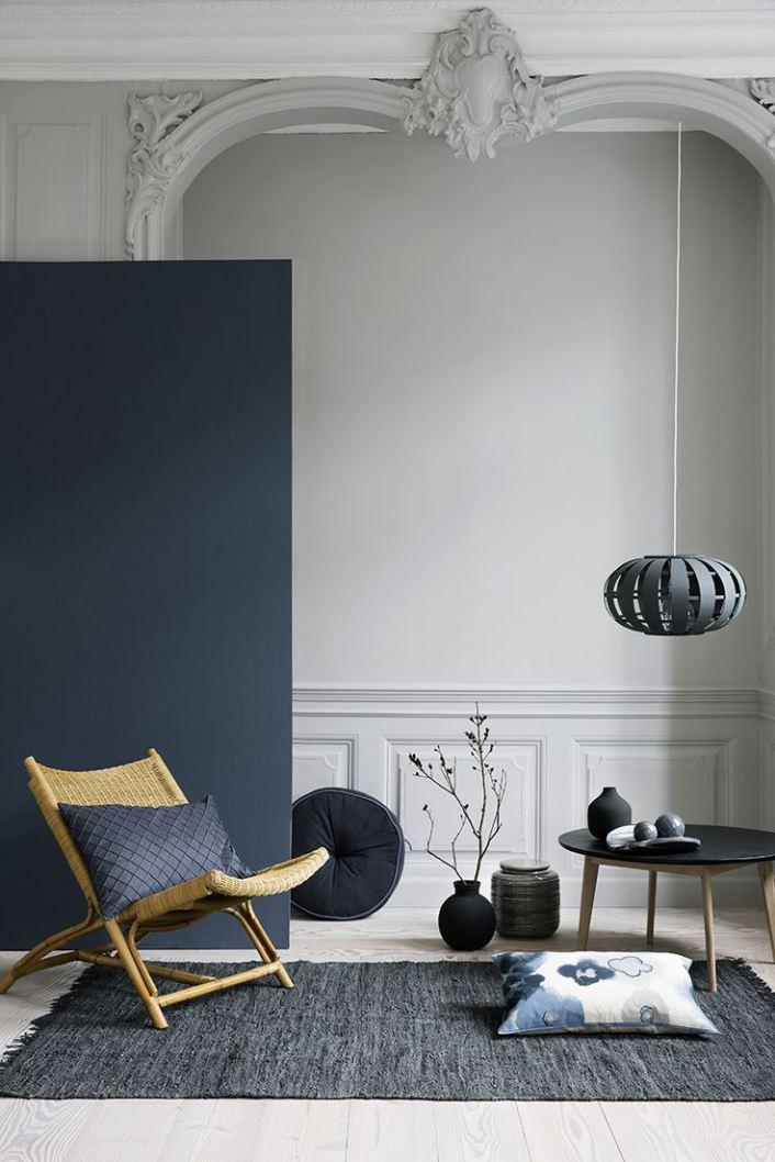 Chaise moderne en rotin