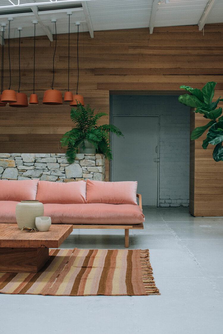 Canapé en velours moderne