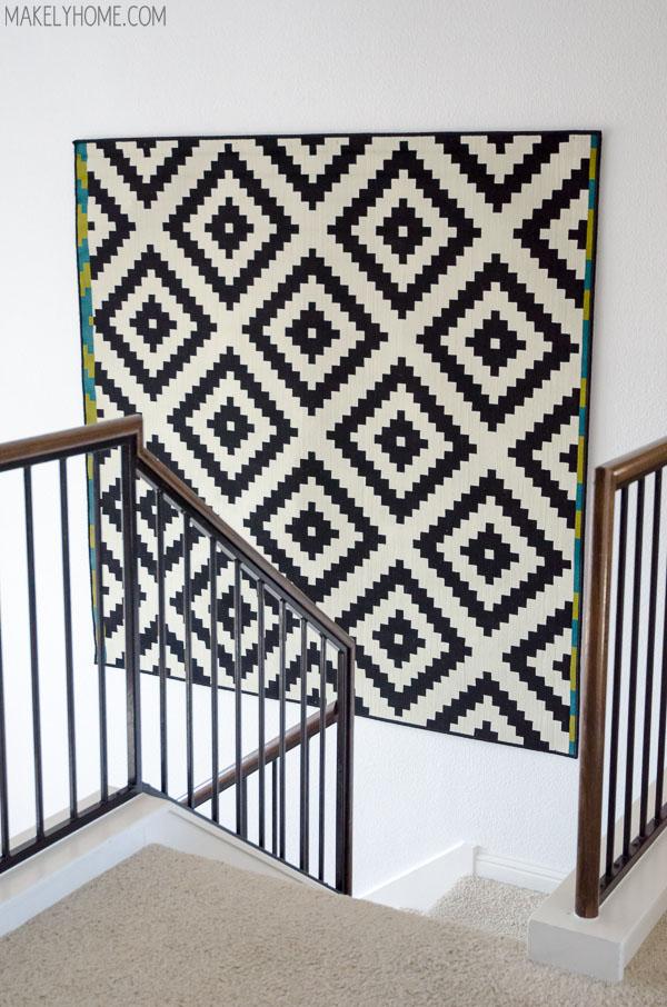 tendance accrochez vos tapis aux murs frenchy fancy. Black Bedroom Furniture Sets. Home Design Ideas