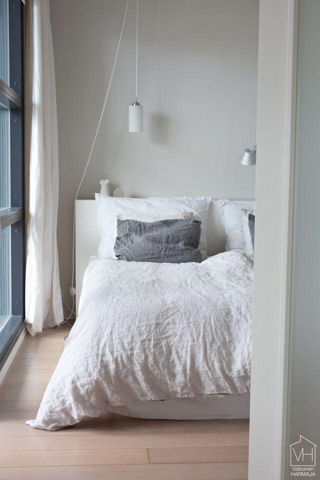 Chambre avec des draps en lin