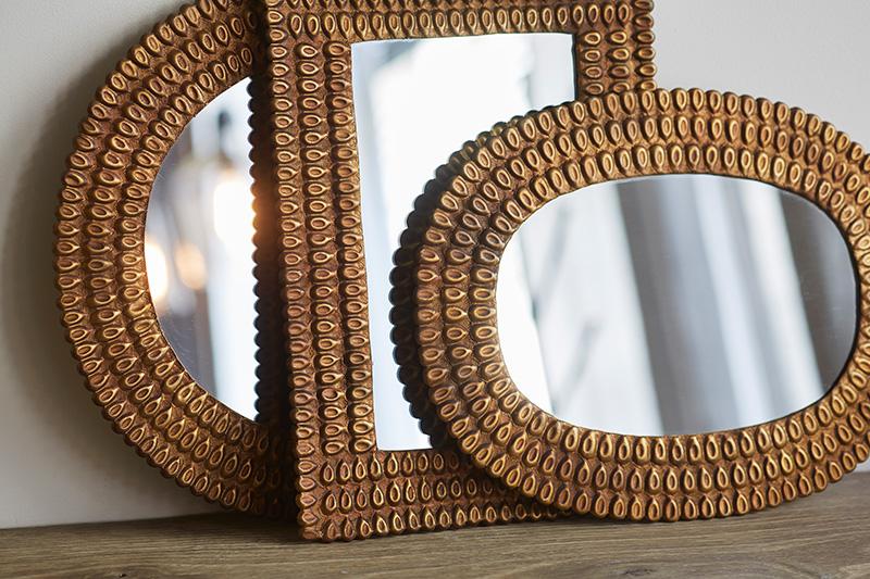 les miroirs klint de chez caravane. Black Bedroom Furniture Sets. Home Design Ideas