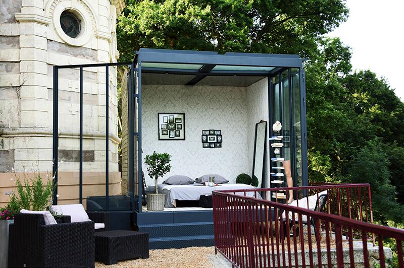une extension contemporaine un cube dans mon jardin. Black Bedroom Furniture Sets. Home Design Ideas