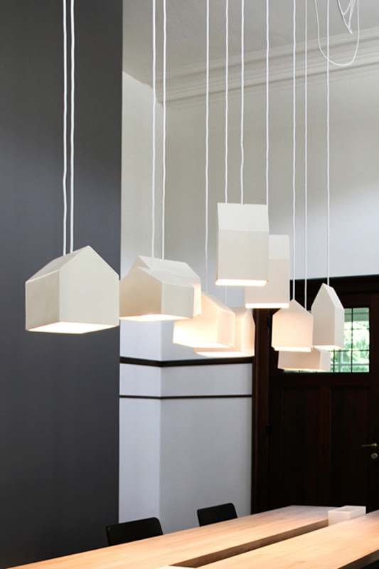 Luminaire en forme de maison