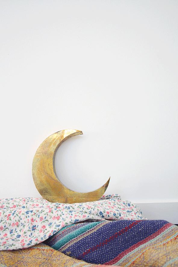 Objet de déco en forme de lune