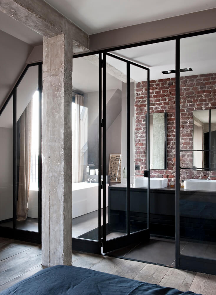Loft frenchy fancy for Salle de bain vitree