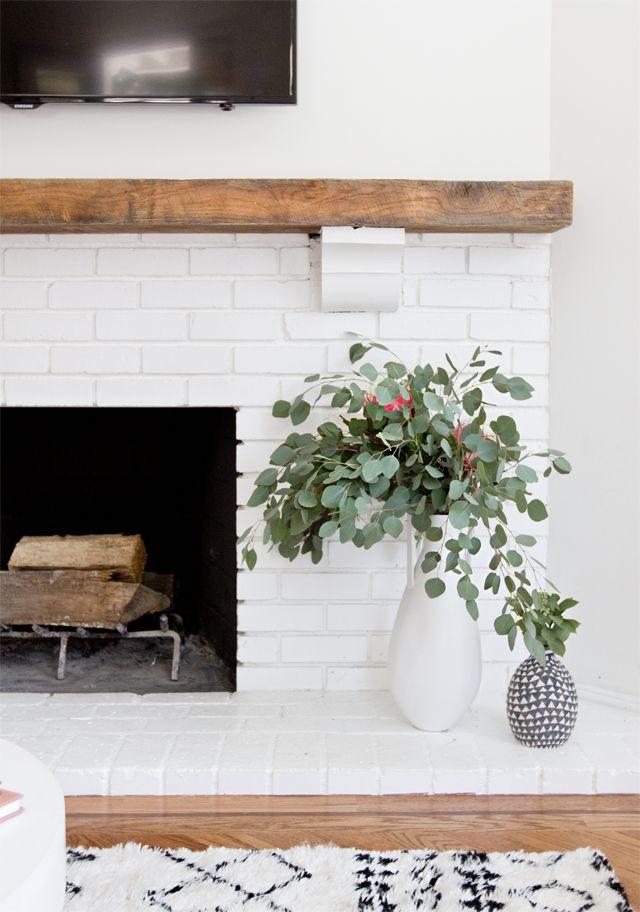 Cheminée moderne en brique blanche