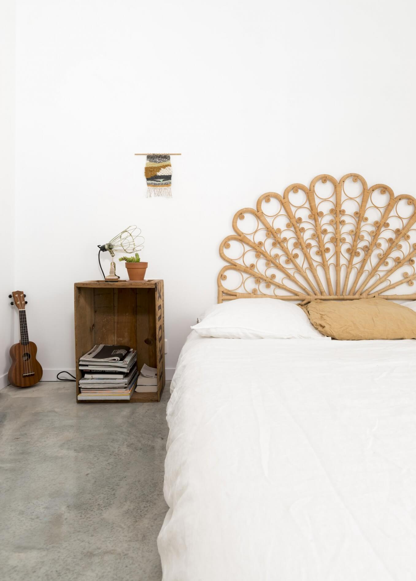 Tête de lit en rotin vintage