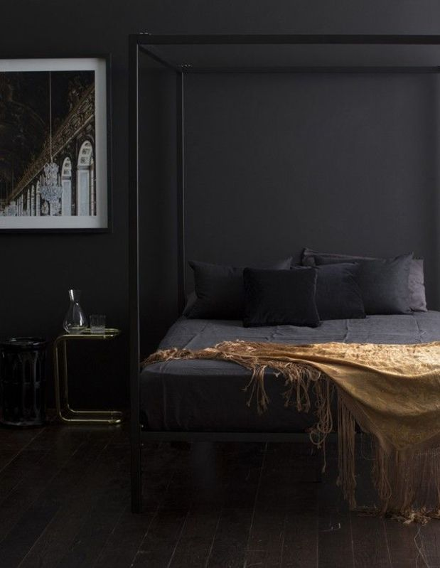 10 chambres au look noir frenchy fancy - Camera da letto nera ...