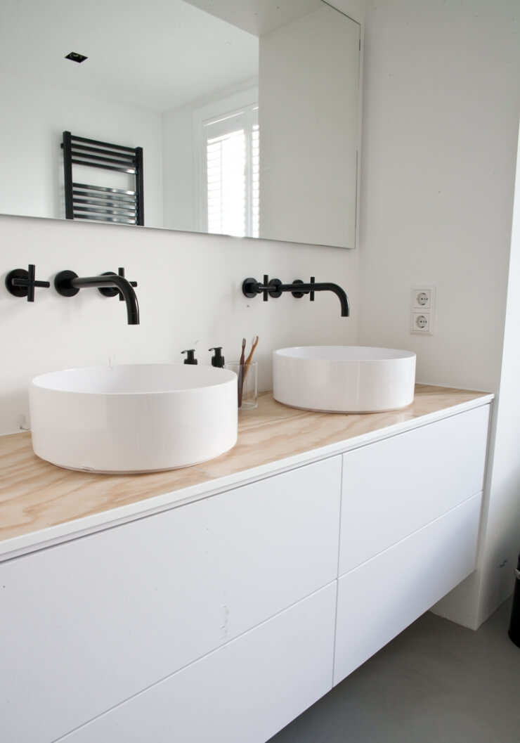 Salle de bain moderne intérieurs