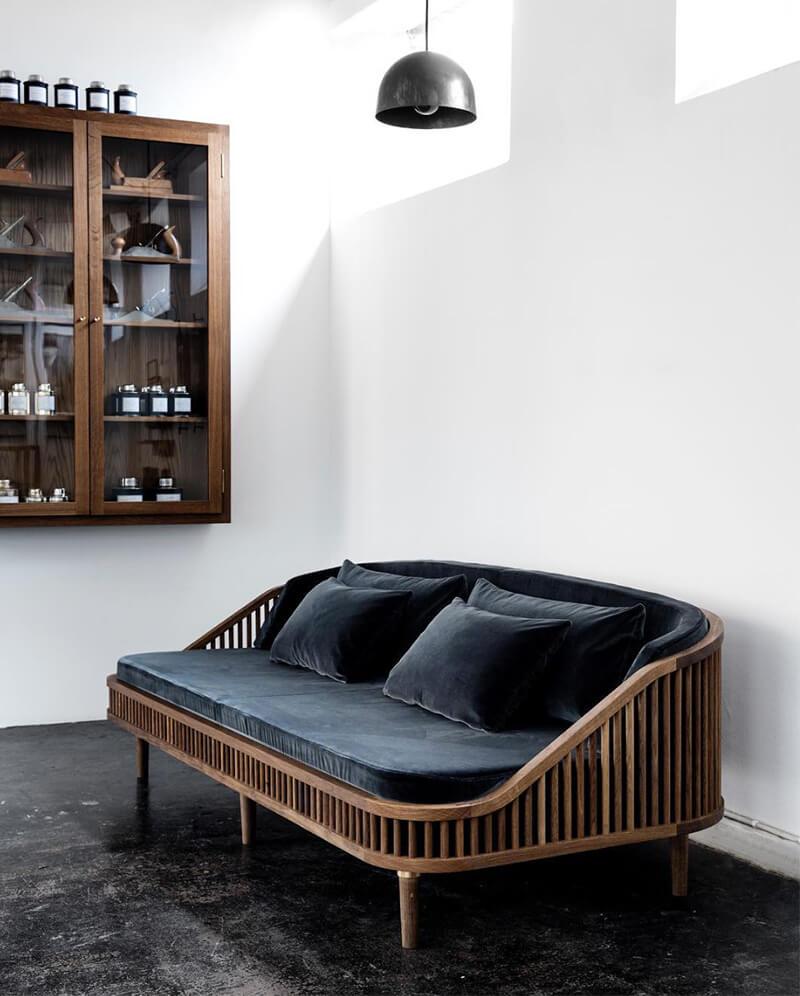 Comme une envie de... Bois foncé et de meubles en Noyer