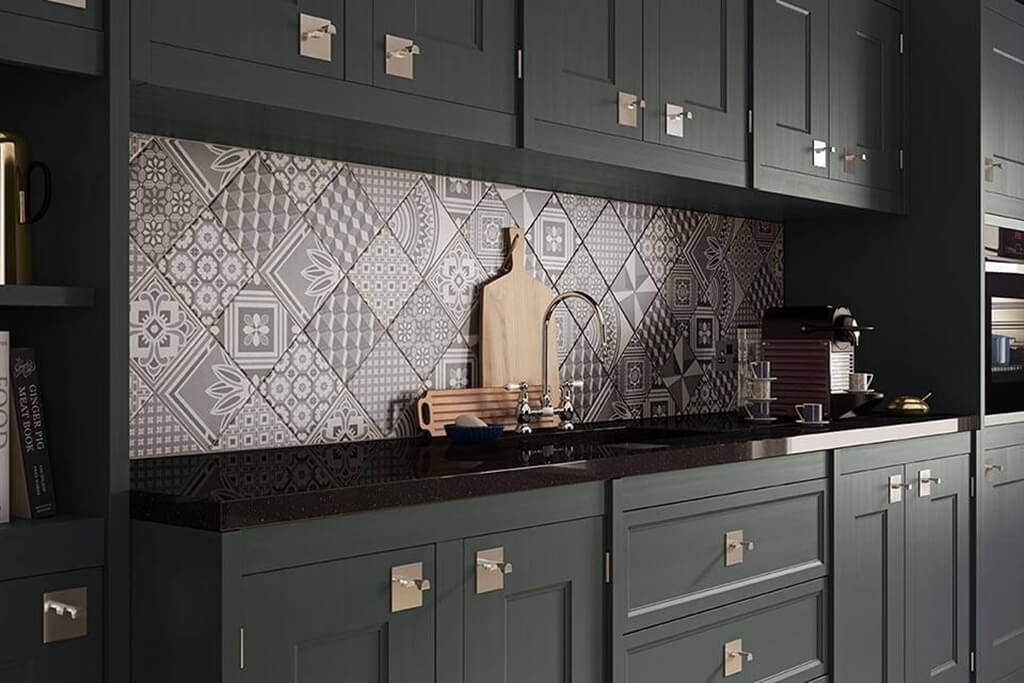 5 styles de credence de cuisine tres inspirantes frenchy for Kitchen colors with white cabinets with nyc sticker printing