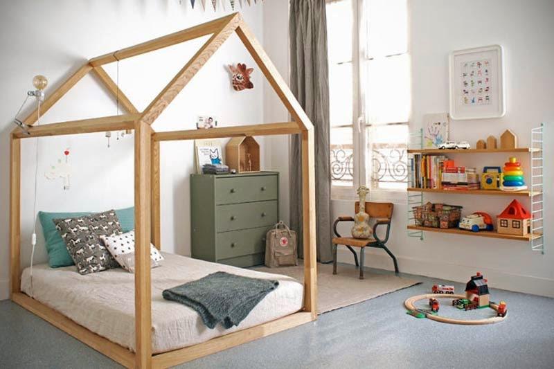 Un lit cabane pour la chambre des kids frenchy fancy - Rideaux pour lit cabane ...