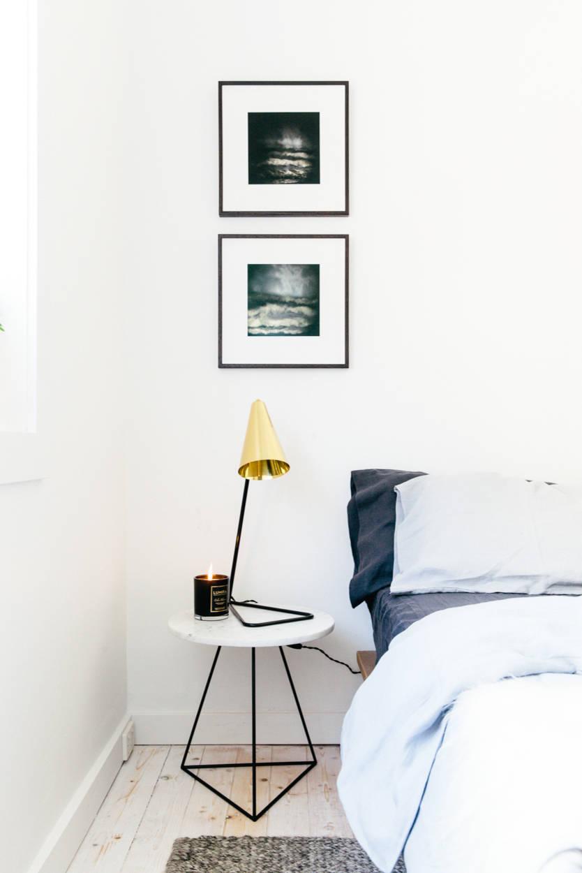 o trouver une jolie table de chevet frenchy fancy. Black Bedroom Furniture Sets. Home Design Ideas
