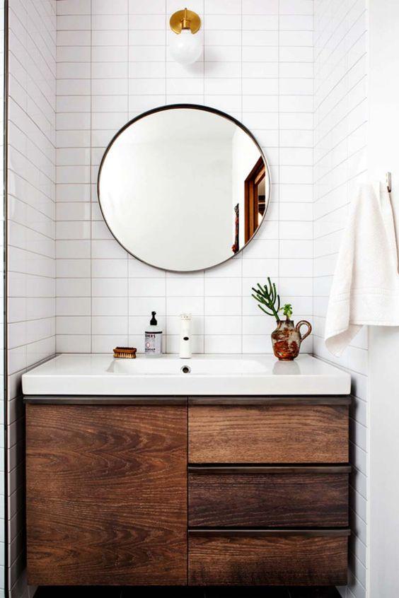 Meuble en noyer salle de bain
