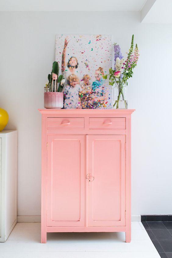 Pink decoration rose poudre peinture canape frenchyfancy 4 frenchy fancy - Objet deco rose poudre ...