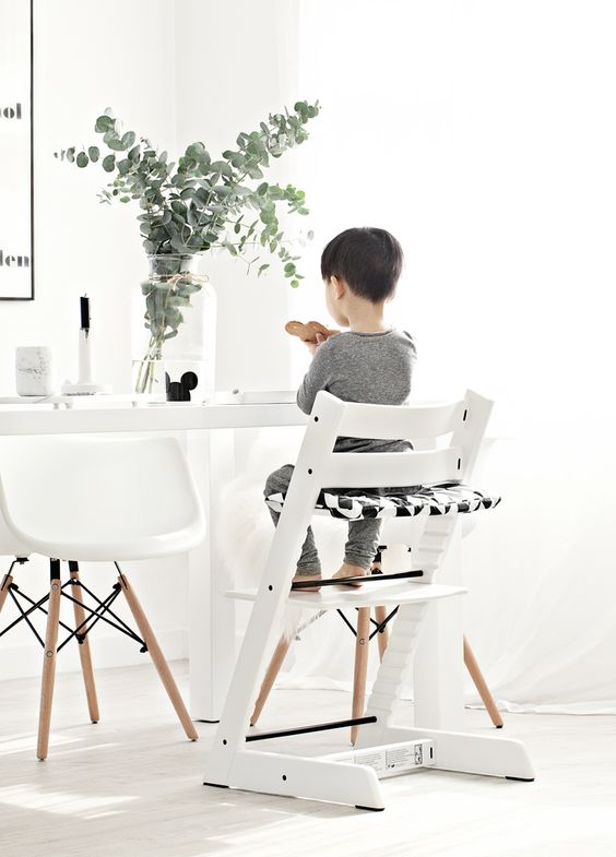 la chaise tripp trapp de chez stokke. Black Bedroom Furniture Sets. Home Design Ideas