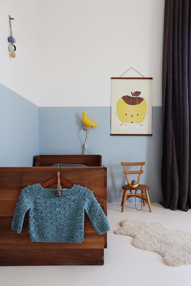 Mur bleu chambre enfant