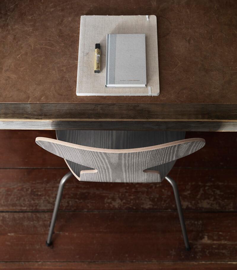 La nouvelle chaise Fourmi par Fritz Hansen