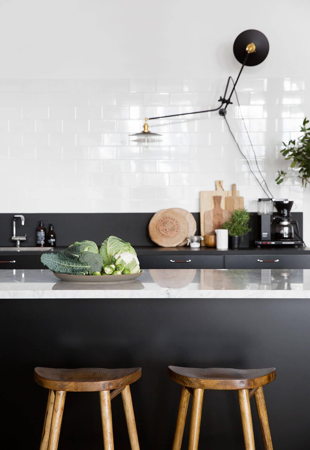cuisine-scandinave-nordique-look-noir-blanc-FrenchyFancy-1