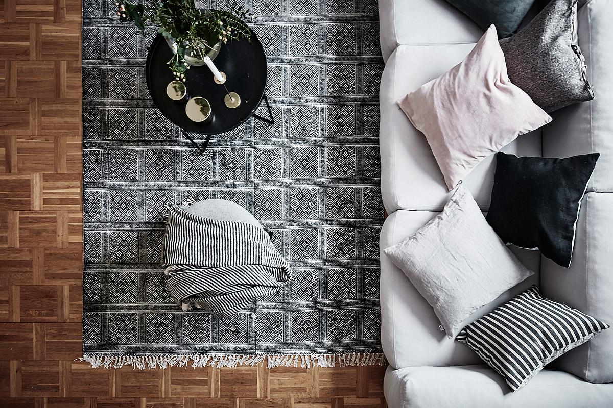 tapis-graphique-noir-blanc-deco-interieur-nordique-scandinave-frenchyfancy-3