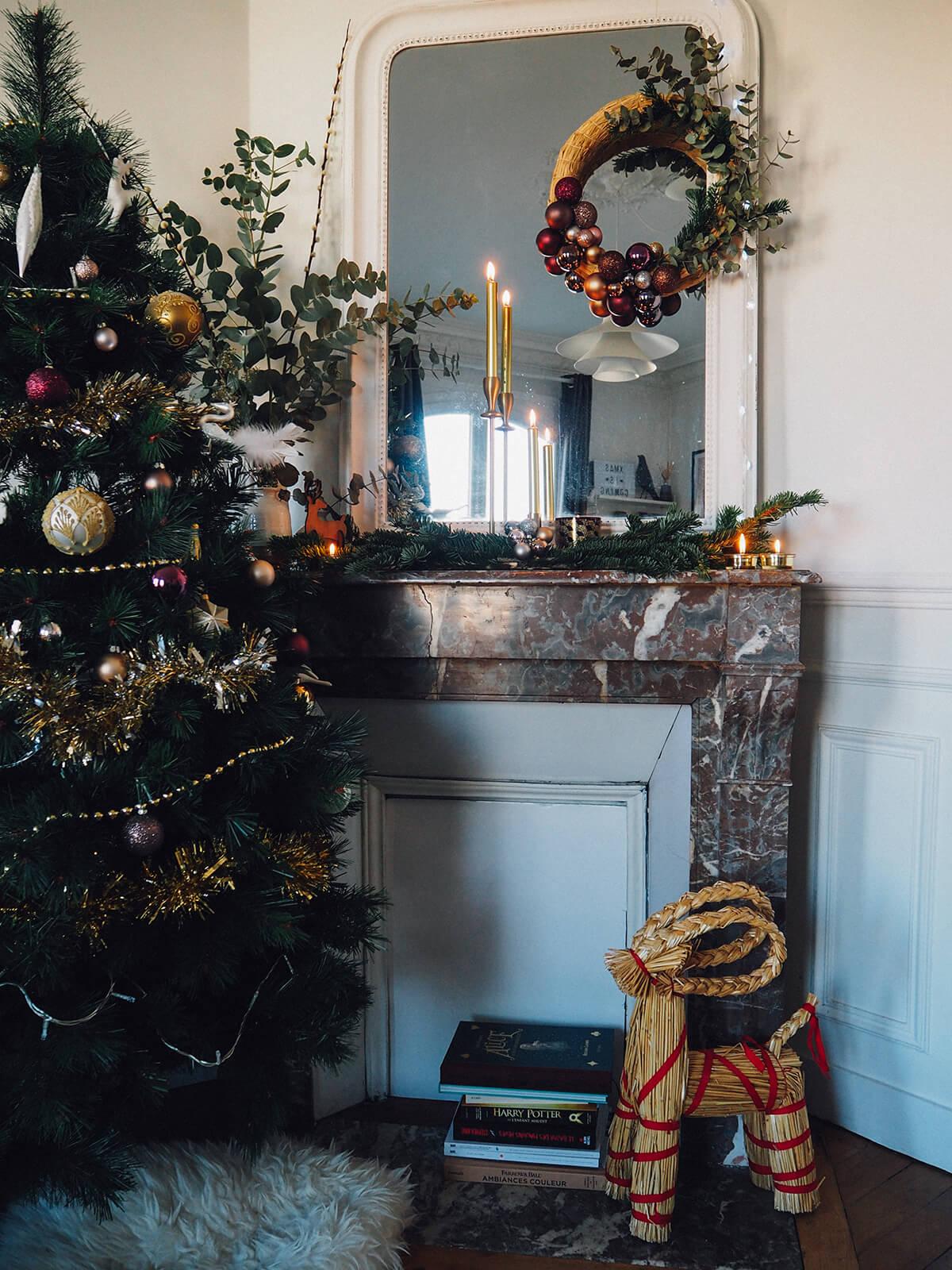 #683E2F Noël à La Maison Frenchy Fancy 5273 decoration table noel monoprix 1200x1600 px @ aertt.com