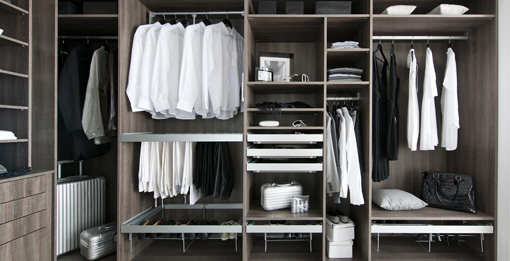 kilkenny_dressing-schmidt-groupe-astuce-rangement-portes-placard-integre-appartement-petit-espace