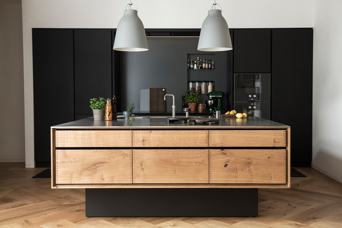 une cuisine noir u bois with cuisine noir bois. Black Bedroom Furniture Sets. Home Design Ideas
