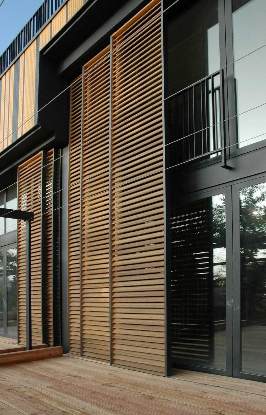 Maison moderne avec bardage bois