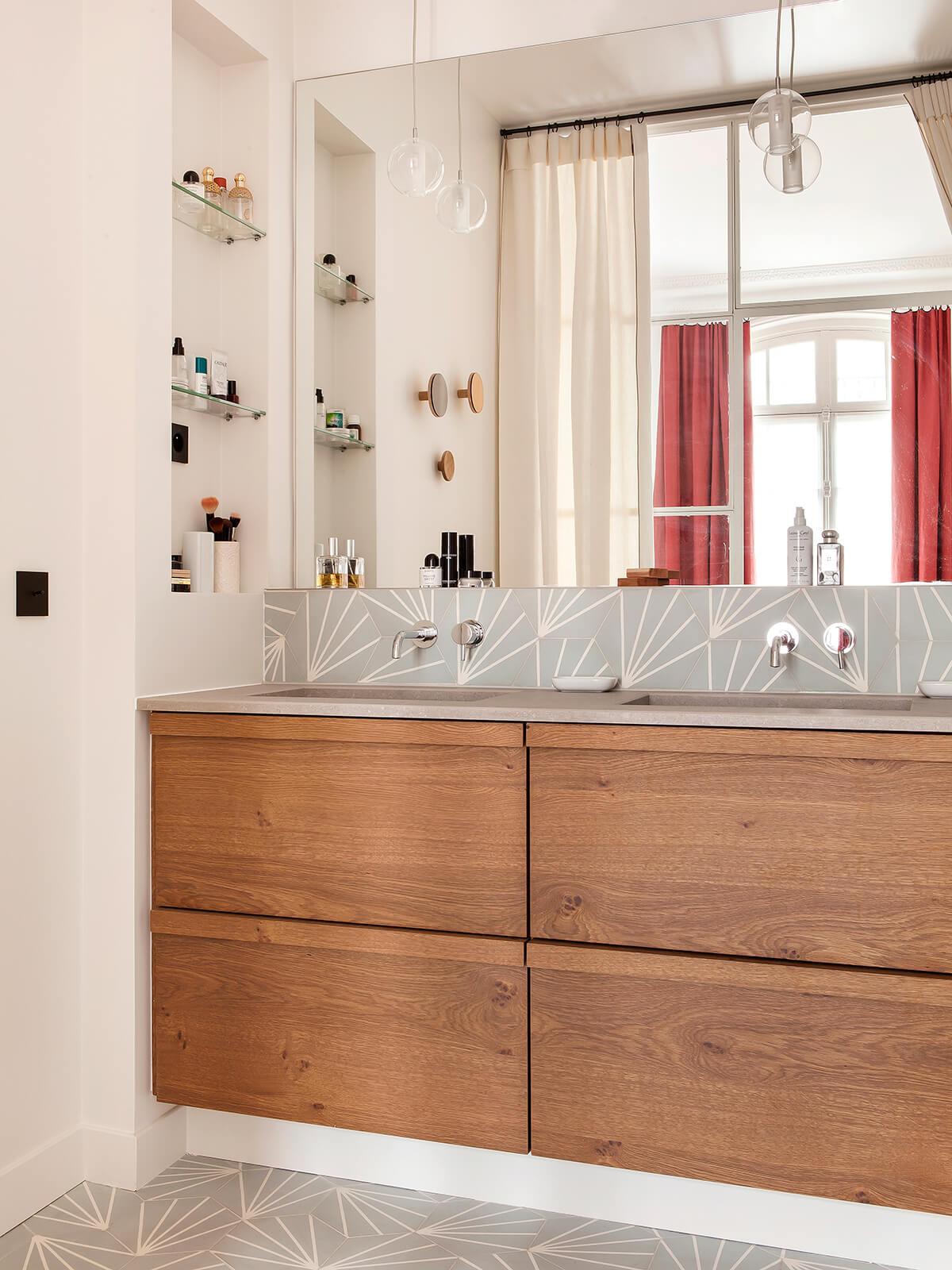 Salle de bain en carreaux de ciment style vintage