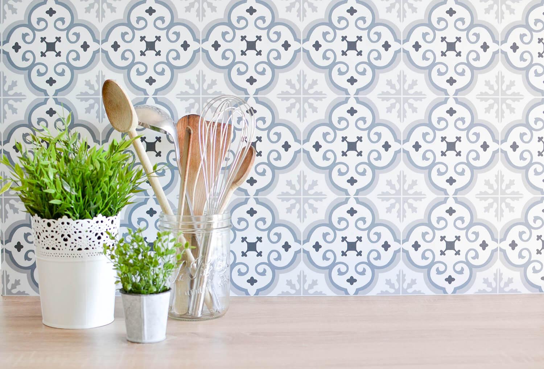 credences decoratives audella style carreaux ciment mosaique amenagement cuisine frenchyfancy 11. Black Bedroom Furniture Sets. Home Design Ideas