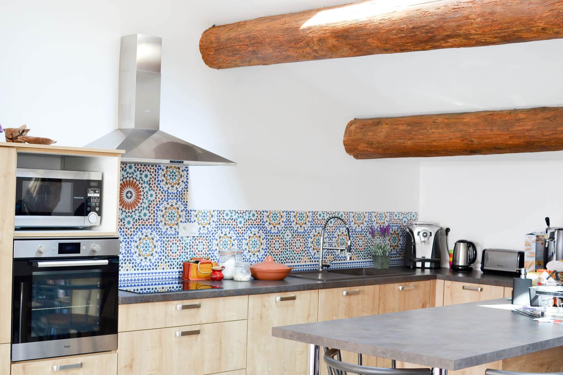 credences decoratives audella style carreaux ciment mosaique amenagement cuisine frenchyfancy 4. Black Bedroom Furniture Sets. Home Design Ideas