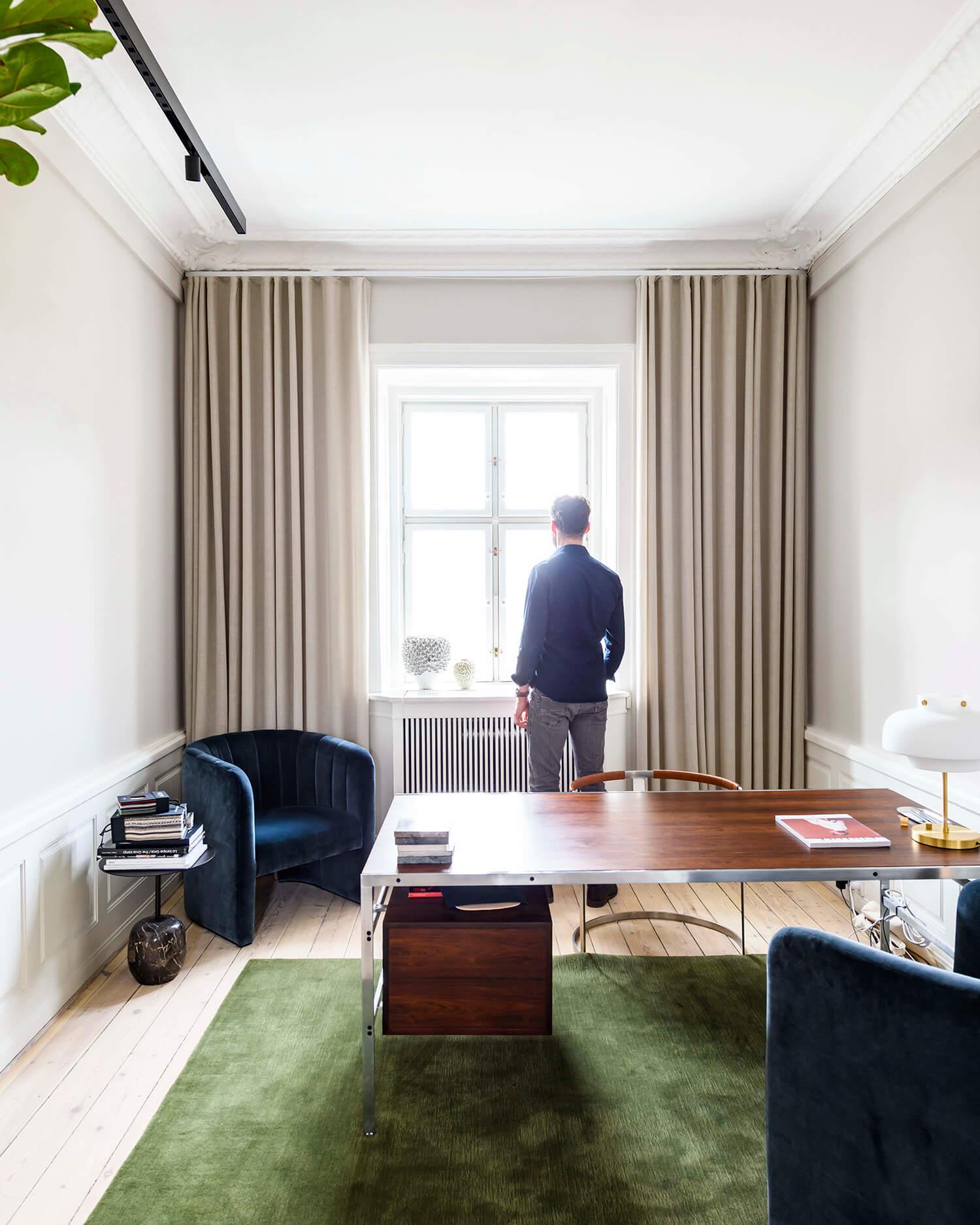 Appartement avec moulures anciennes