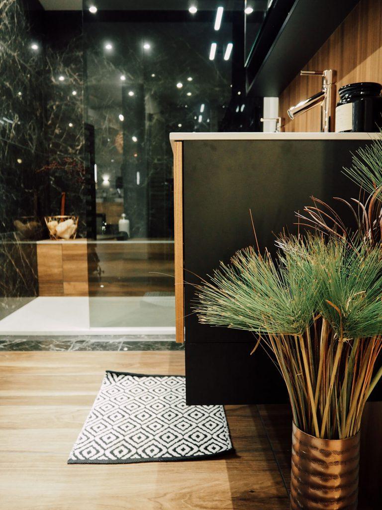 Une salle de bain comme un écrin, chez Mobalpa - FrenchyFancy