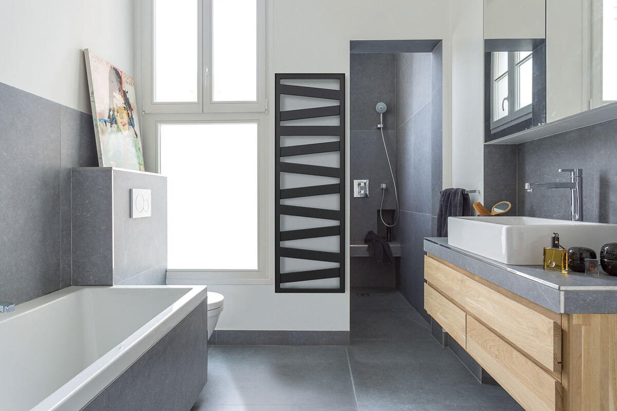 Kaz ane un radiateur s che serviettes design pour la - Radio de salle de bain design ...
