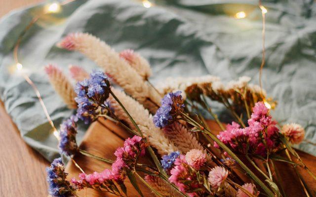 Comment faire sécher ses fleurs - FrenchyFancy