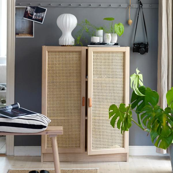 idée IKEA hack bibliothèque Billy porte en cannage