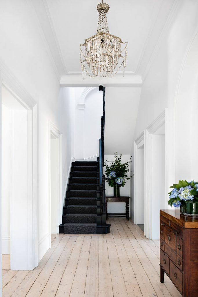 Relooker Un Escalier Faut Il Le Peindre En Blanc Ou En