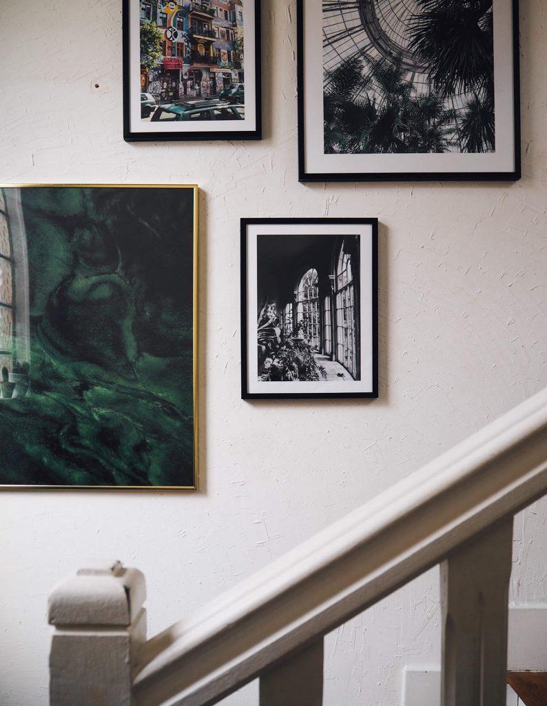 Creer Un Mur Photo un mur de cadres dans notre escalier - frenchy fancy