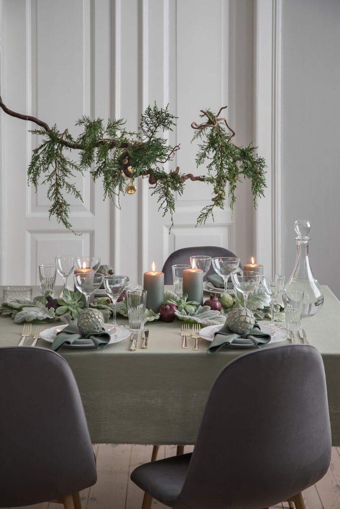 Table de Noël végétale signée Søstrene Grene