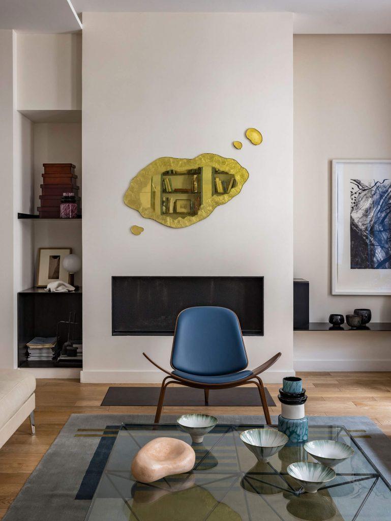 Décoration de salon cosy dans une maison parisienne