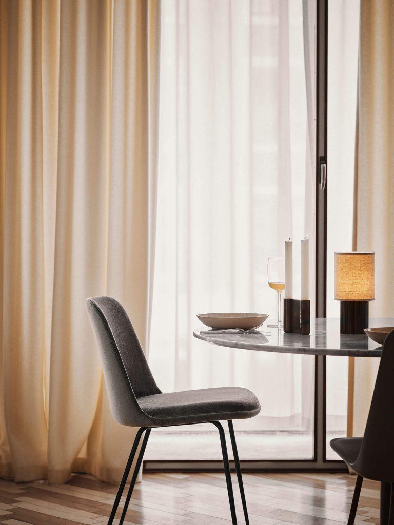 La lampe Manhattan dans la salle à manger
