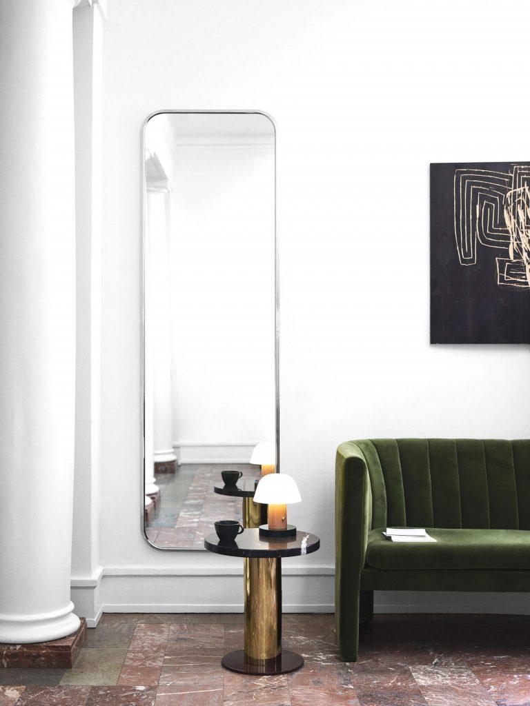 Les luminaires &tradition : la lampe Setago dans un salon scandinave