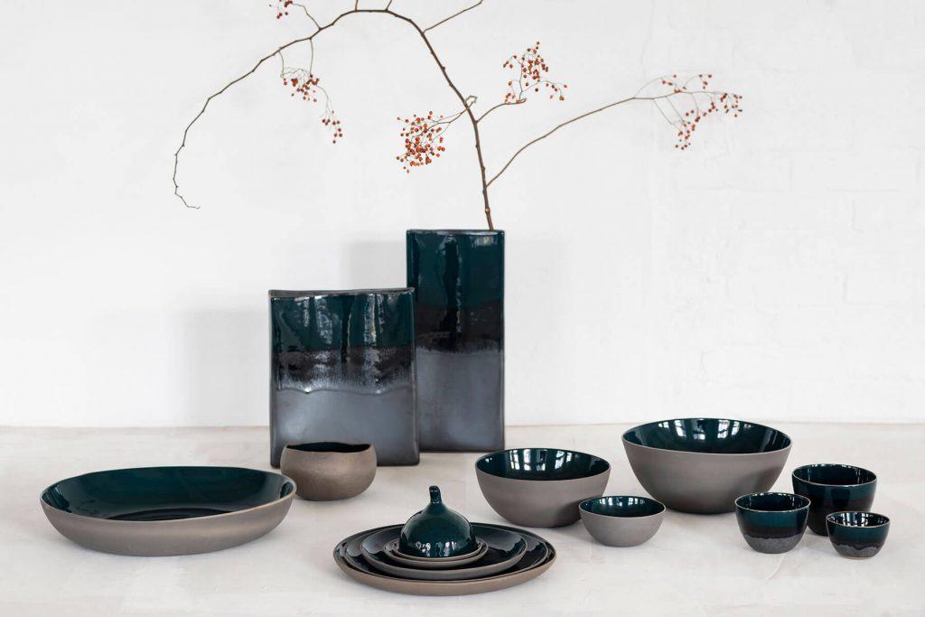 Vases en céramique bleu canard