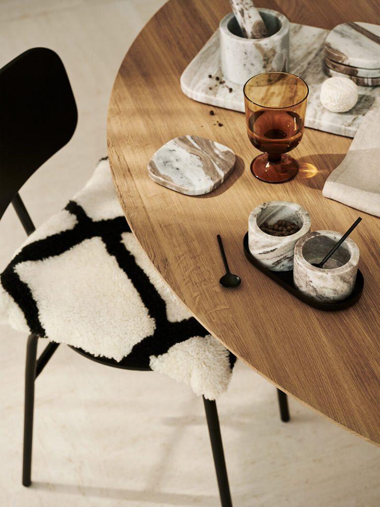 Table de repas en bois style scandinave H&M Home
